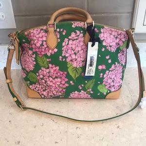 Floral hydrangea Dooney & Bourke purse